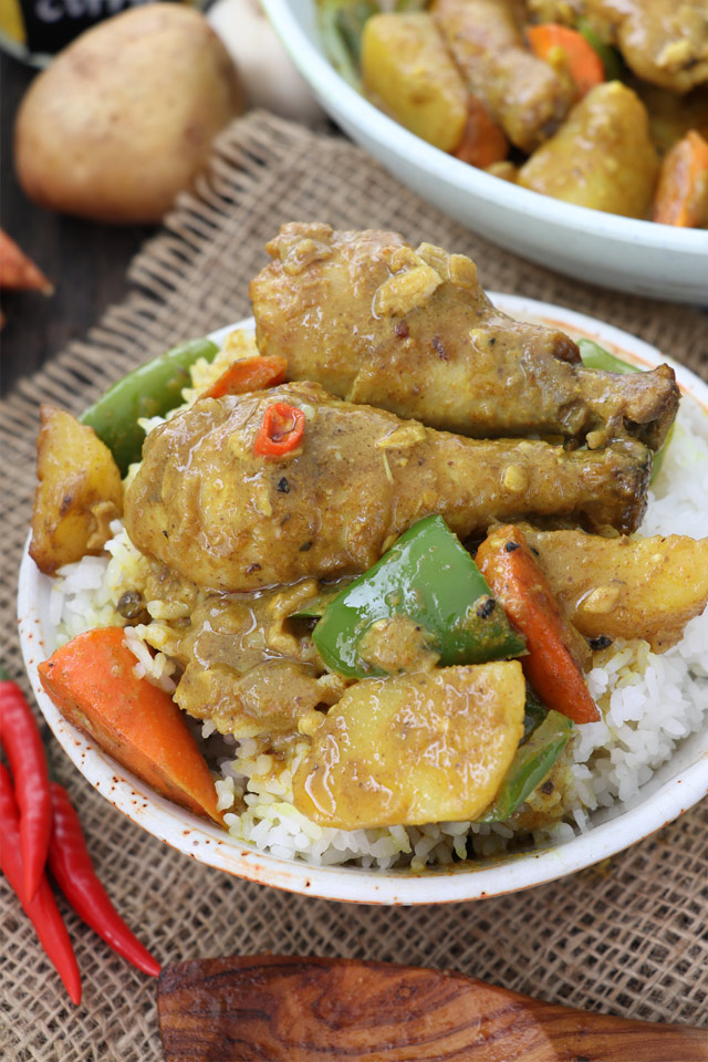 Filipino Style Chicken Curry with Coconut Milk