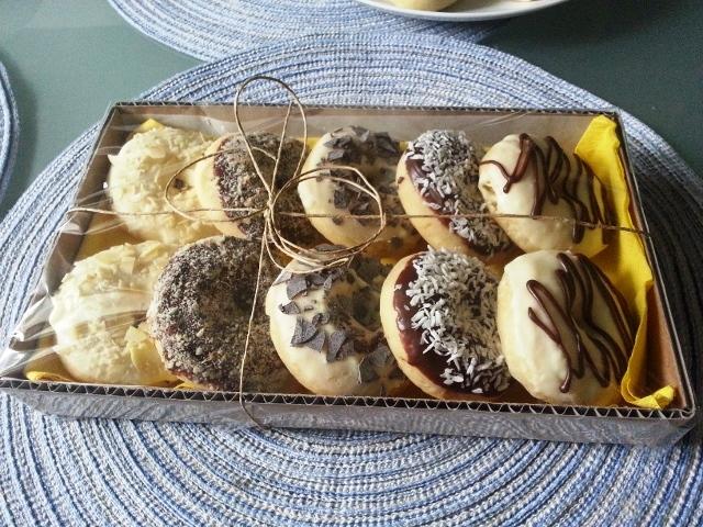 baked-doughnut-giveaways