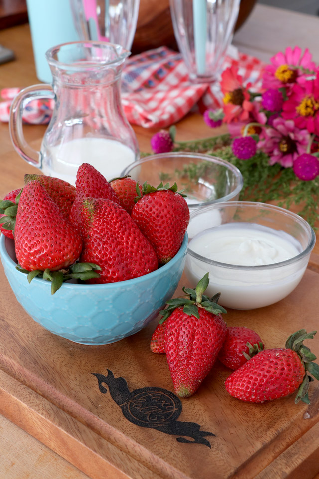 Recipe for Strawberry Smoothie