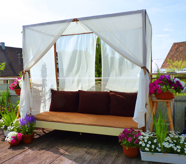 DIY Canopy Bed (outdoor) | Foxy Folksy
