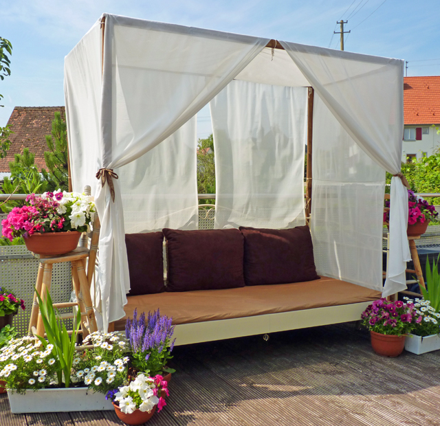 diy canopy bed outdoor. Black Bedroom Furniture Sets. Home Design Ideas