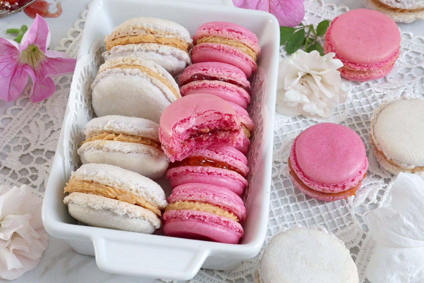 This french macaron recipe is less sweet than the usual and easier to make. With tips for those who would like to try making French Macarons for the first time. | www.foxyfolksy.com