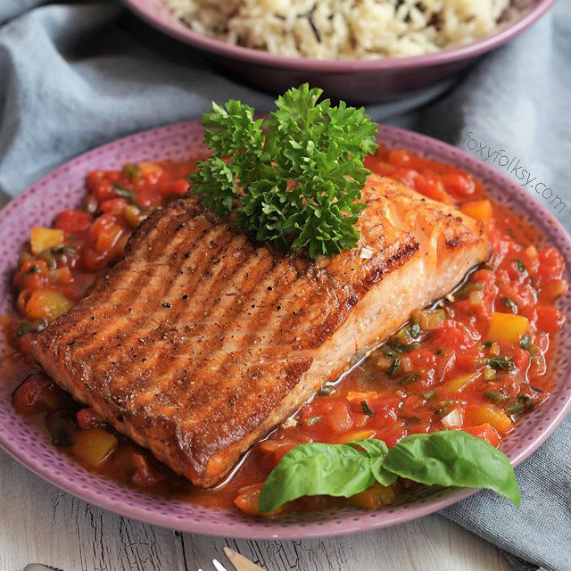 Pan seared Salmon with Tomato-Basil Sauce