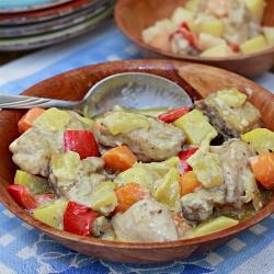 Pininyahang Manok (Pineapple chicken)