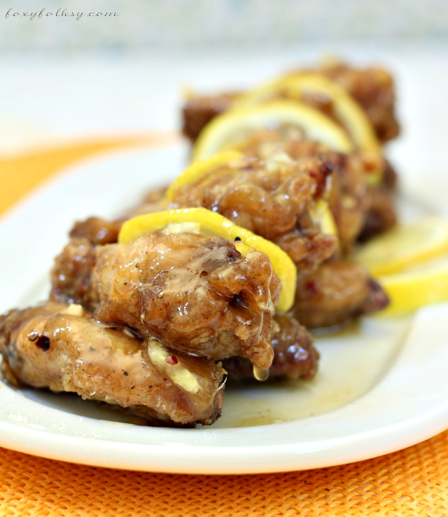Try this quick and easy Honey Lemon Chicken recipe for a crispy chicken and refreshing sauce made sweet and sour by the combination of honey and lemon. | www.foxyfolksy.com