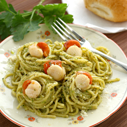 Basil Pesto Pasta with Scallops