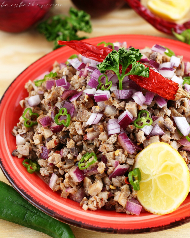 Sisig is probably the most famous Kapampangan dish ever! Get this easy Sisig recipe from grilled pork belly! Crunchy and spicy just the way it should be. | www.foxyfolksy.com