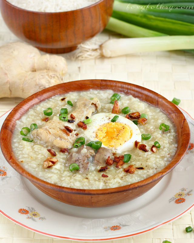Try this simple recipe for Arroz Caldo, a Filipino rice porridge or congee , made with glutinous and chicken, flavored with ginger and other spices. | www.foxyfolksy.com