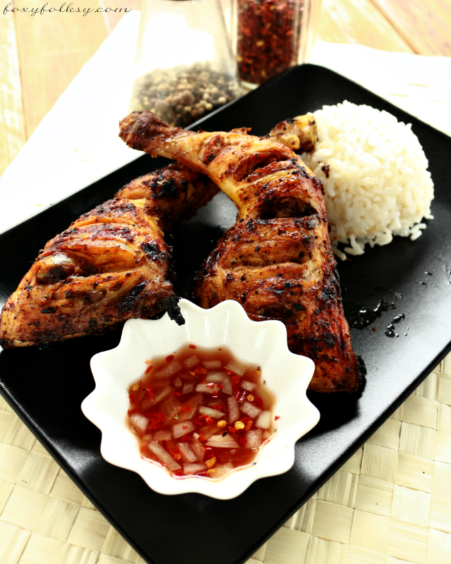 Tired of the old and usual chicken barbecue? Try Filipino Chicken Inasal, marinated in vinegar and other spices, is uniquely refreshing and very flavorful. | www.foxyfolksy.com