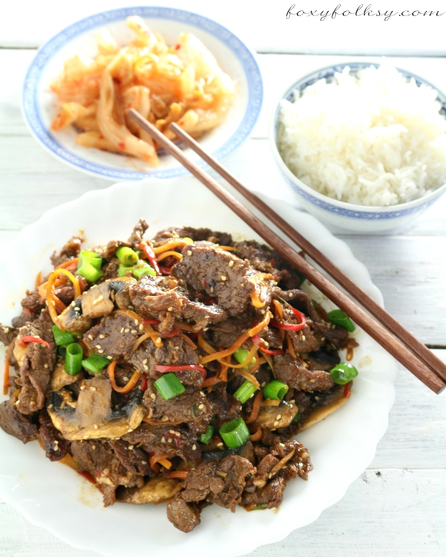 Try this easy recipe for Beef Bulgogi, a classic Korean dish of grilled marinated beef that it is also great stir-fried. Added some veggies and it is so good! | www.foxyfolksy.com