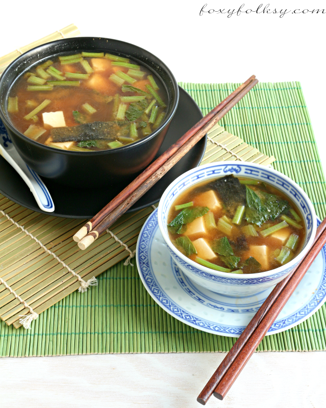 Try this simple and easy miso soup recipe with soft tofu, greens, and tamarind. Great way to keep you warm on cold days. | www.foxyfolksy.com