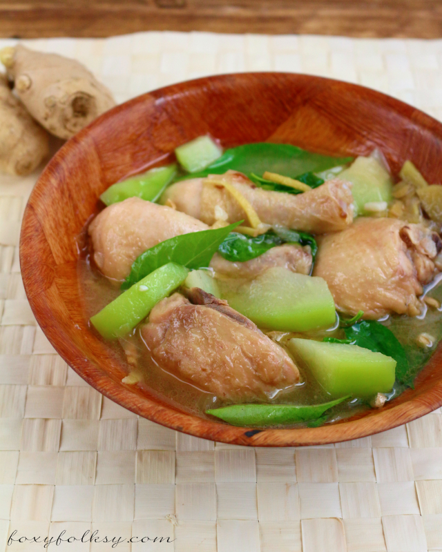 Tinola is a chicken soup with lots of ginger and other good stuff in it - the ultimate comfort food for the sick and during cold times and easy to prepare. | www.foxyfolksy.com
