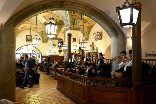 hofbräuhaus inside