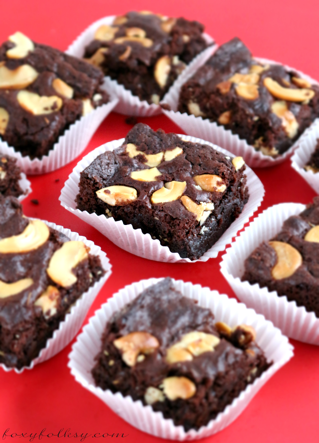 This fudgy Easy Brownie Recipe will surely satisfy your chocolate craving and made even easier using cocoa powder and other simple ingredients.Try it now!  www.foxyfolksy.com
