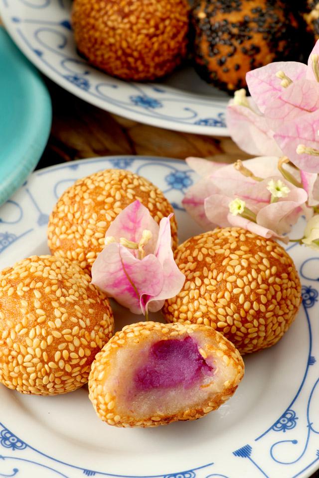 Sesame balls with ube filling
