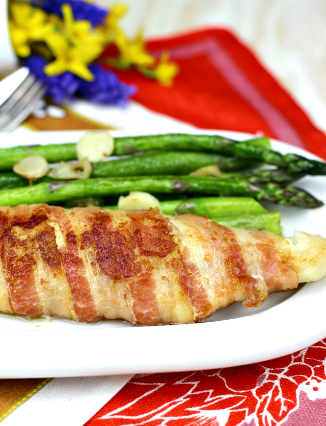 This bacon-wrapped Pangasius fillet is one of the easiest dish you can make with fish yet the tastiest that will surely be loved by young and old alike. | www.foxyfolksy.com