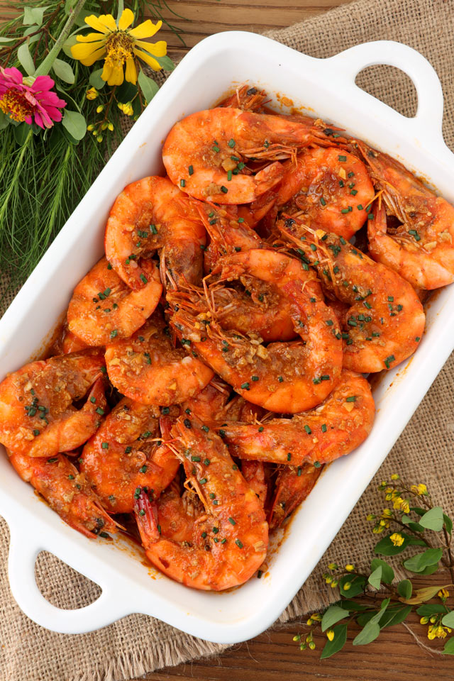 prawns cooked in spicy crab paste sauce