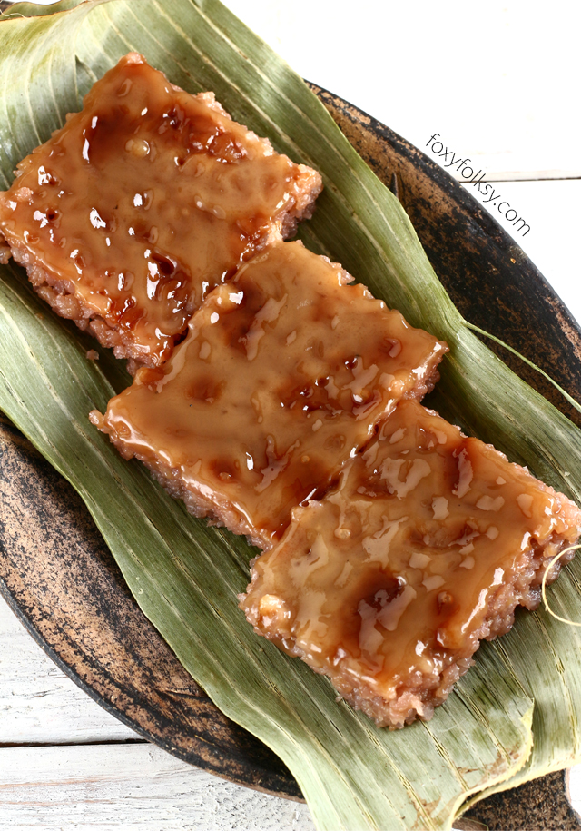 Biko is a native Filipino delicacy where glutinous rice is cooked with coconut milk and brown sugar then topped with caramelized coconut milk. | www.foxyfolksy.com