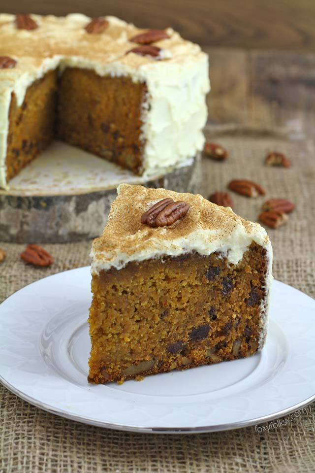 Try this simple recipe for a deliciously moist, nutty and spiced carrot cake. | www.foxyfolksy.com