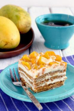 Mango Float Graham Cake