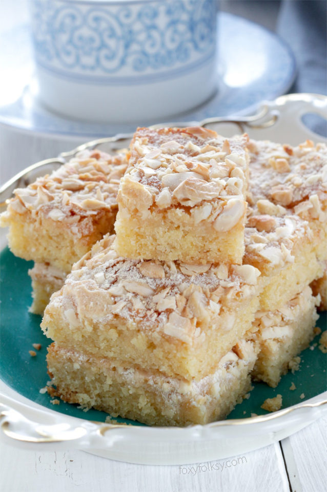 Try this easy recipe for Caramel bars with cashew nuts. | www.foxyfolksy.com