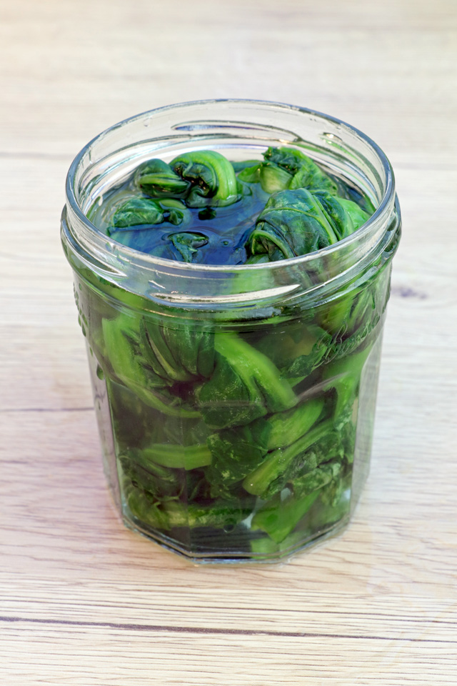 how to eat pickled mustard greens