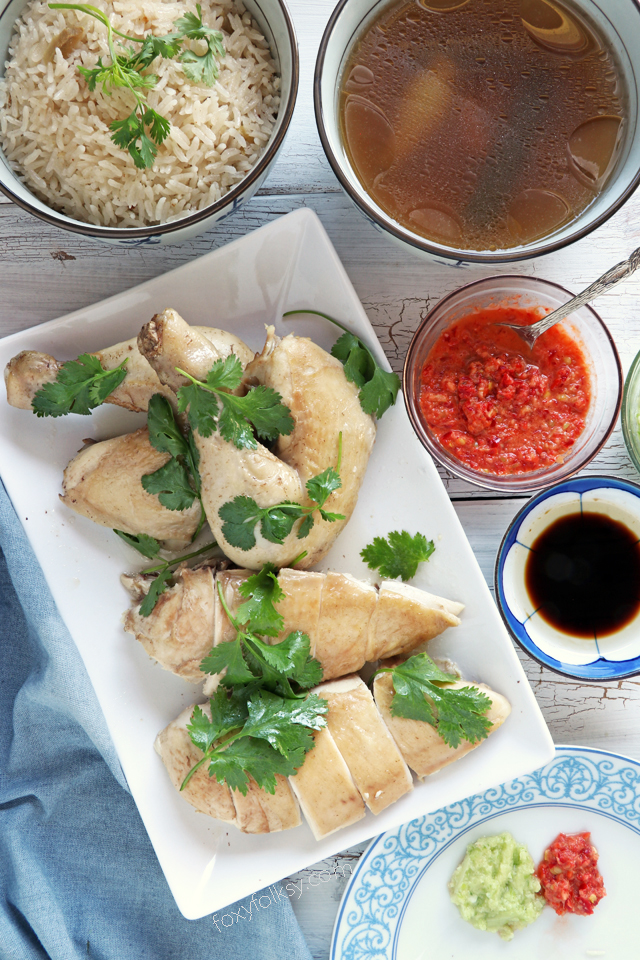 Get this Hainanese Chicken Rice recipe with 3 dipping sauce! A 3-in-one dish that you will surely love! | www.foxyfolksy.com