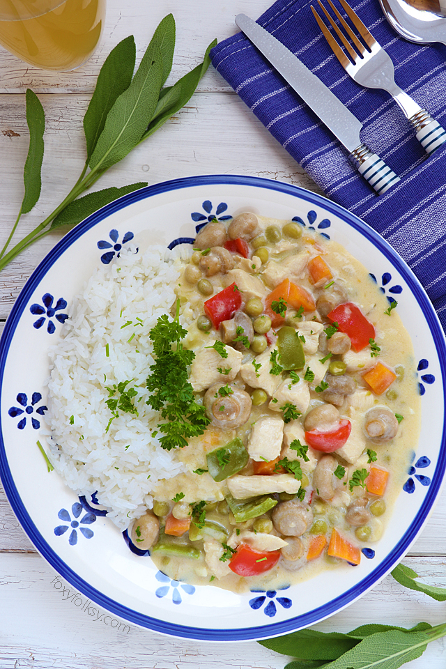 Try this easy recipe for the classic Chicken ala King! Serve it with pasta, bread or rice! | www.foxyfolksy.com