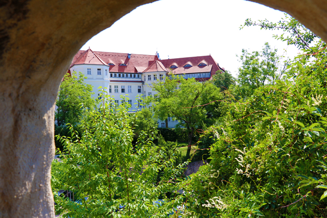Nördlingen – A quaint walled medieval city unknown to many tourists...