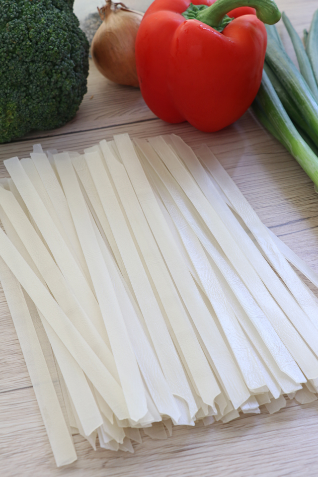quick  easy vegetable chow fun  foxy folksy