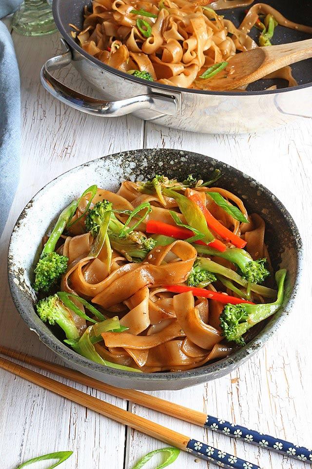 Easy Chow Fun (Chow Foon) Recipe