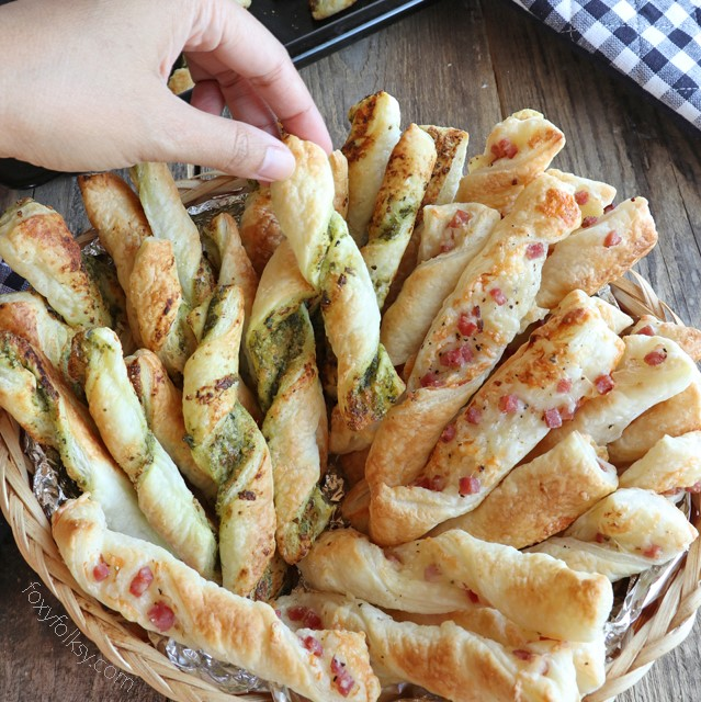 Get This Super Easy 2-in-1 Puff Pastry Sticks Recipe That Is Perfect For Snacks Or Appetizers.   Www.foxyfolksy.com