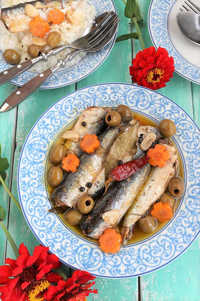 Make your own homemade Spanish Sardines with this super easy recipe.