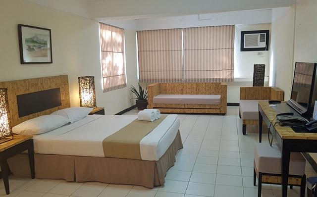 matabungkay-deluxe-suite