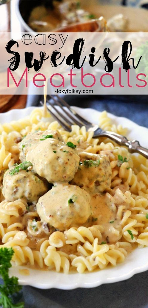 This Swedish Meatball recipe is one of those recipes that you simply must try. Meaty and juicy meatballs smothered in delectable creamy gravy sauce. | www.foxyfolksy.com #recipes #beefrecipe #gravy #maindish #foxyfolksy