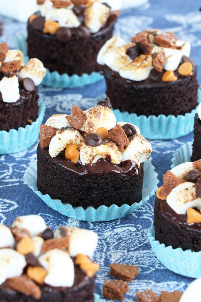 Mini S'Mores Cakes