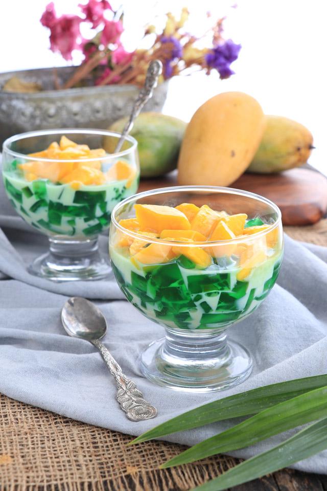 Mango-Pandan Salad
