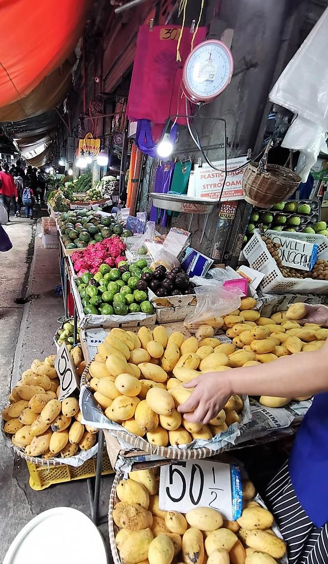 Baguio City Market Fruit Vendor