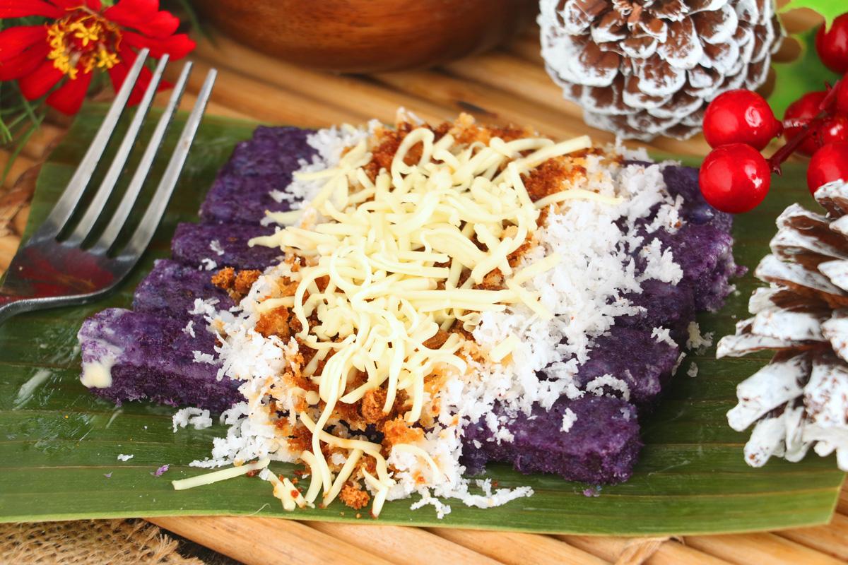 Puto Bumbong -Filipino PurpleRice Cake