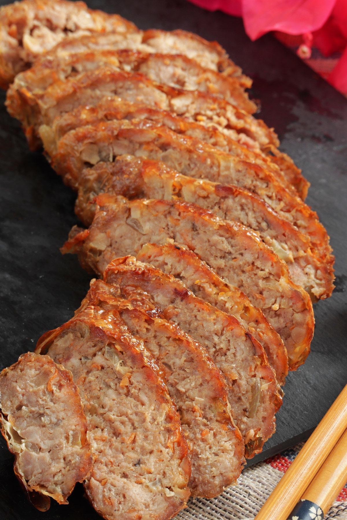 Minced meat seasoned with five-spice powder and rolled in bean curd sheet