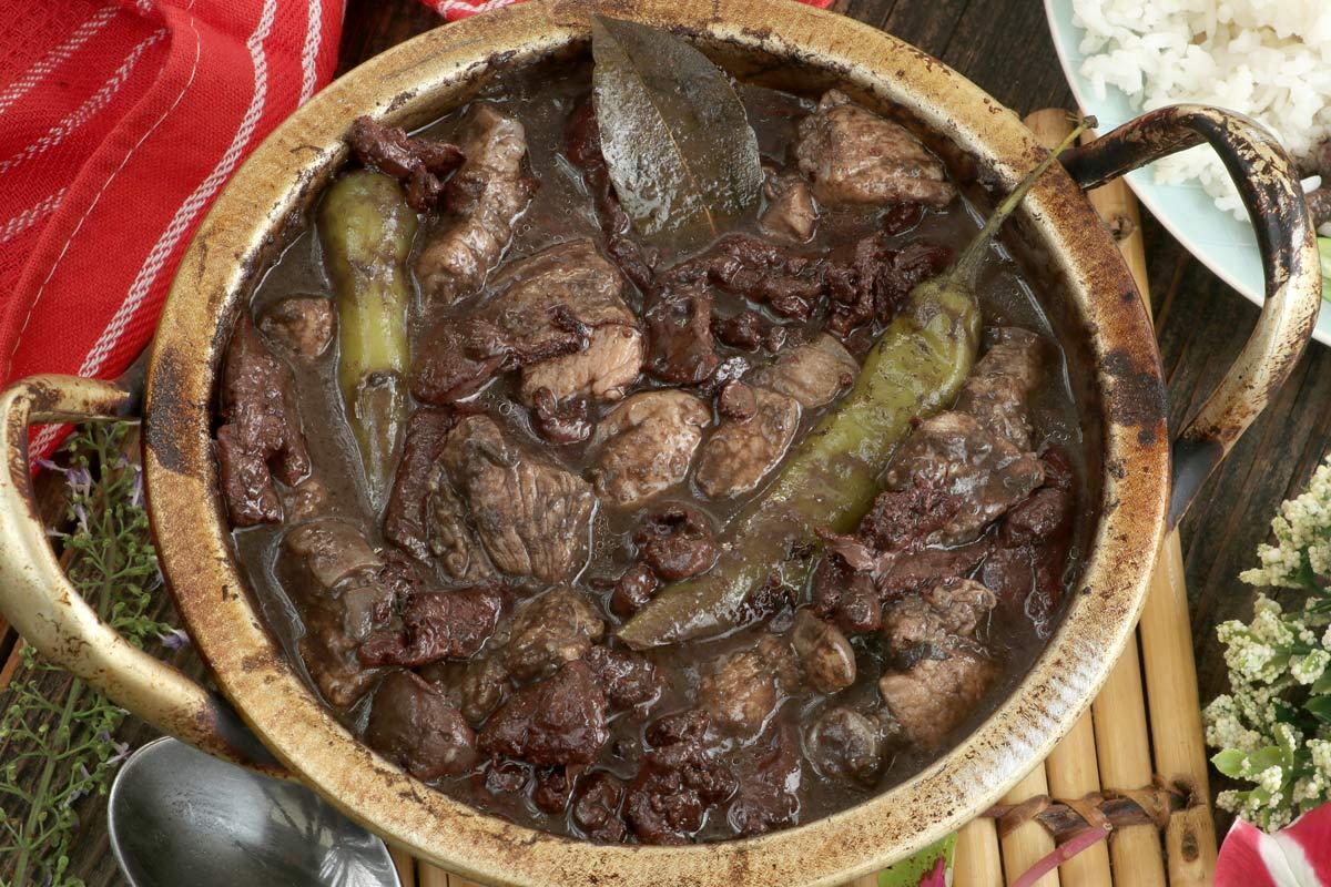Dinuguan - Filipino pork blood stew