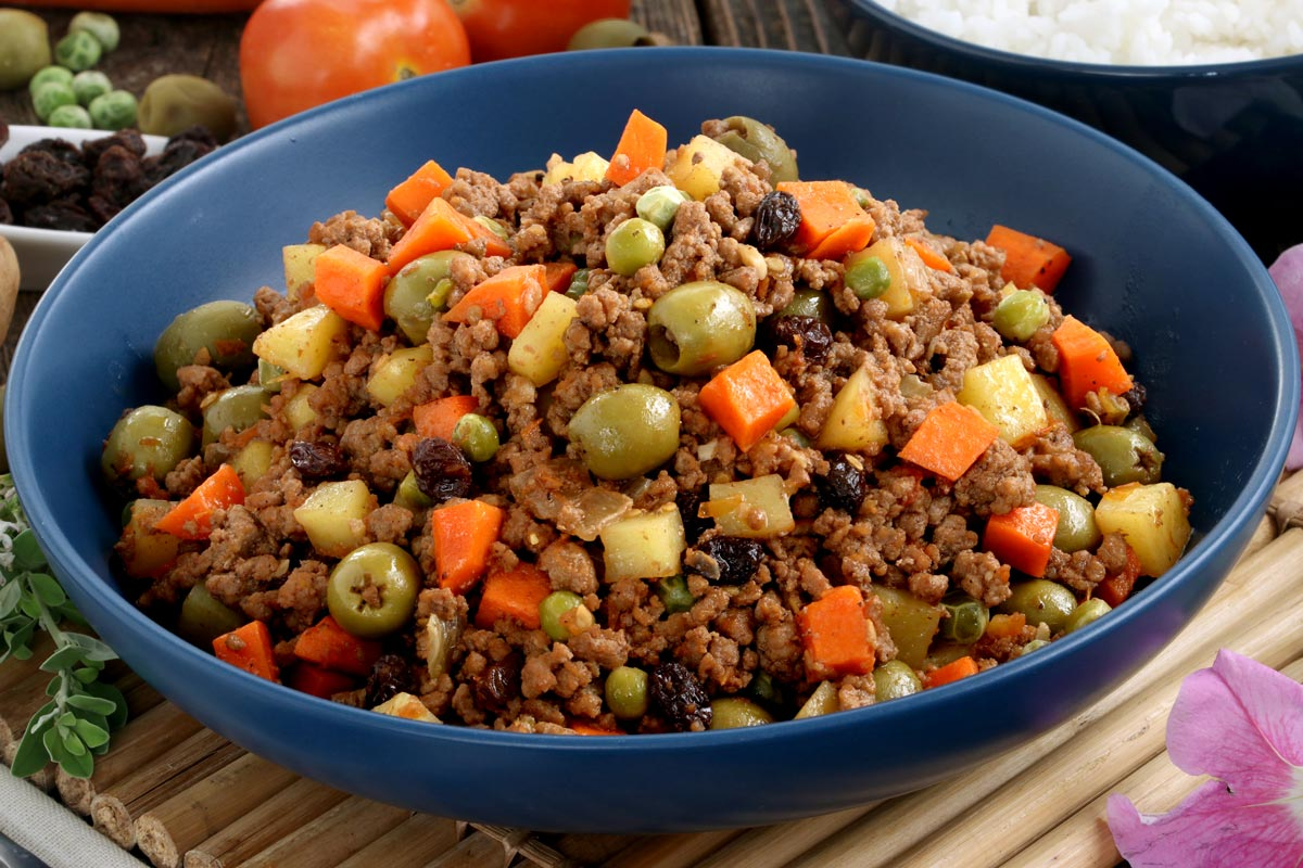 A dish of Picadillo using ground beef.