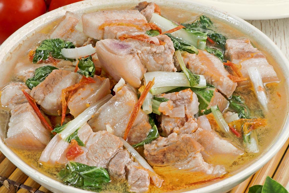 Kinamatisang Babor - Filipino Pork Soup with Tomatoes.
