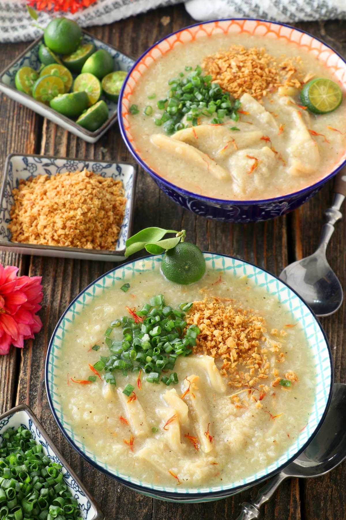 Bowls of goto arroz caldo.